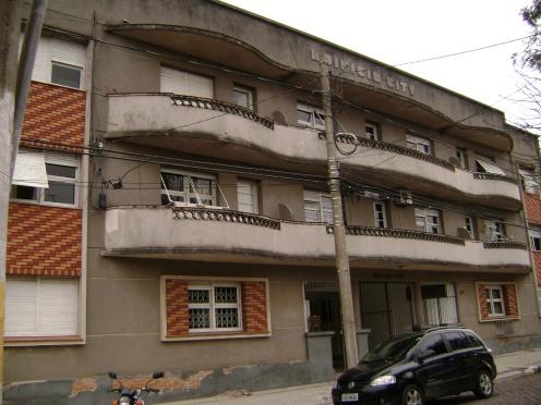Prédio em 3 andares, em Bagé (RS)